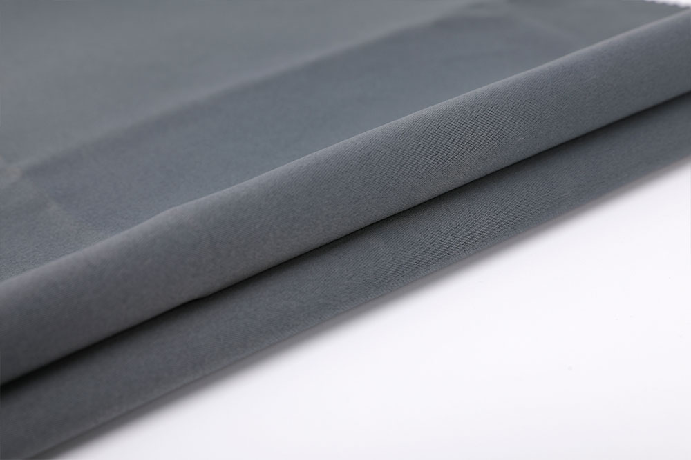Permanently fire retardant blackout curtain fabric for hotel